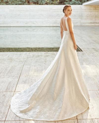12-2021-Olivier-Sinic-Rosa-Clara-Couture (1)