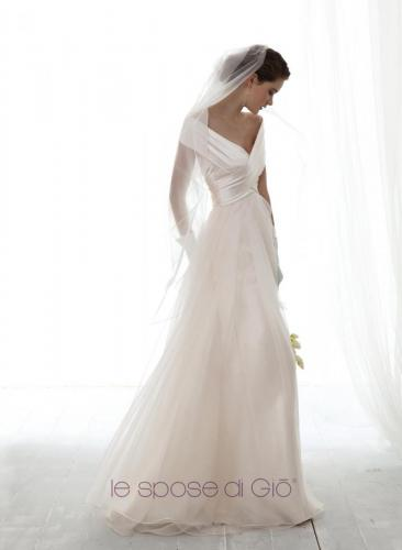 Le Spose Di Gio c'est la création Italienne de robe de mariée chez Olivier Sinic -Le Château Blanc